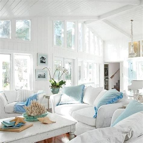 cottage shabby chic decor 25 best ideas about seaside cottage decor on