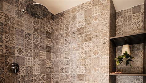 piastrelle doccia rivestimenti bagno doccia rivestimento bagno con porfido