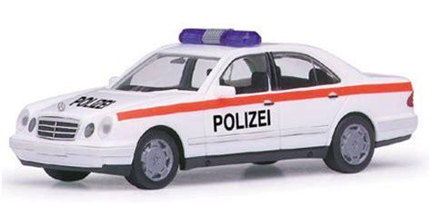 Minichs Mercedes 200 Polizei mercedes e 200 polizei 214 sterreich herpa 187756
