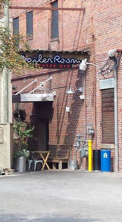 Boiler Room Kinston Nc by Warm Banana Pudding Picture Of The Boiler Room Oyster