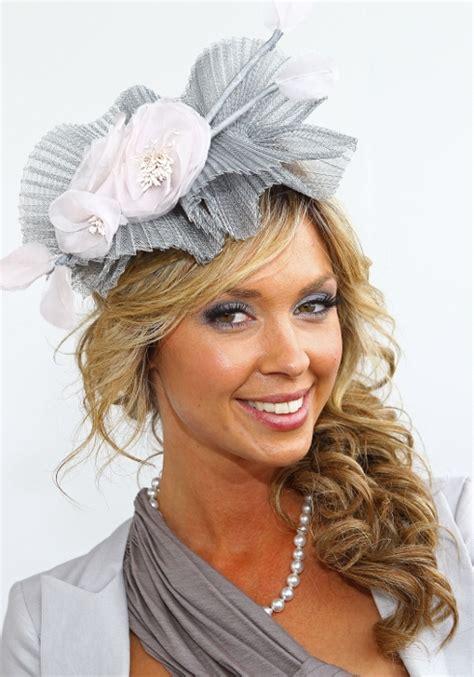 hairsyles worn up stylish celebrity fascinator hairstyles