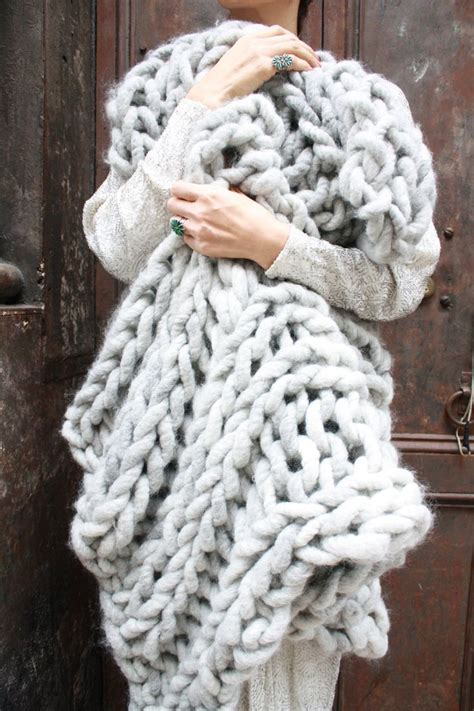 diy knit kit big loop merino chunky knit blanket or rug 28 x 40