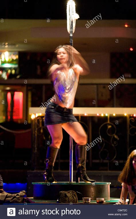 top 5 bars in singapore nightclubs discos top 5 orchard towers stock photo
