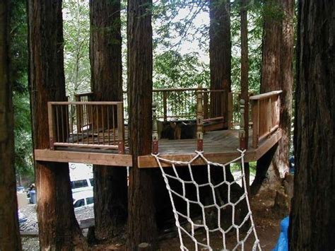how to build a treehouse for your backyard diy tree house backyard projects