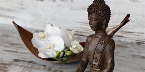 Buddha Deko Bad by Buddha Figuren Woher Kommt Der Trend Welche Bedeutung