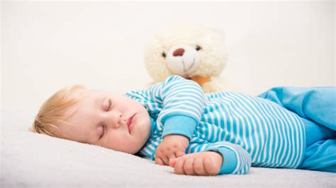 how to get a toddler to stay in bed 5 ways to help your child prepare for a hospital stay