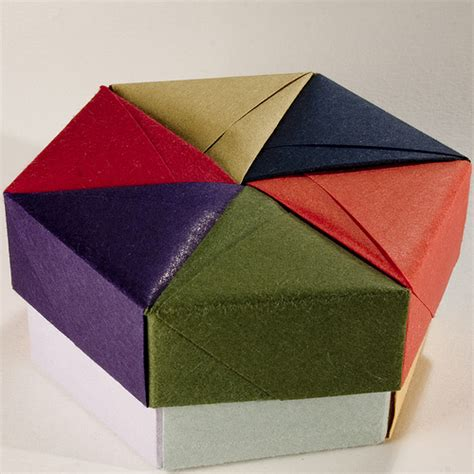 Origami Present Box - decorative hexagonal origami gift box with lid 05