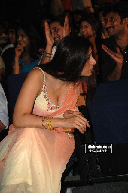 hot tabu at events indian actress tabu bollywood actress deep boobs cleavage