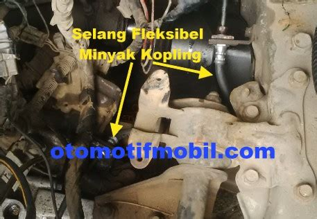 Kas Kopling Mobil Mazda mobil mogok karena minyak kopling bocor otomotif mobil