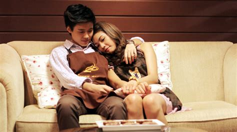 film romance thai film review she their love story 2012