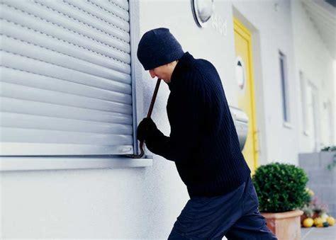 sognare ladri in casa image gallery ladro