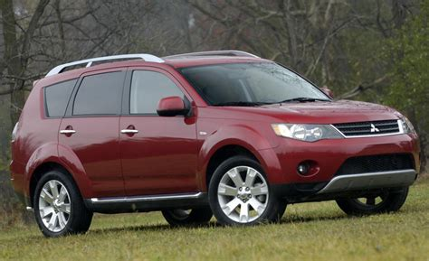nissan outlander 2008 2015 mitsubishi outlander features review 2017 2018