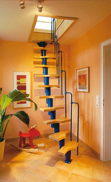 dachboden ausbauen treppe raumspartreppe dachausbau selbst de