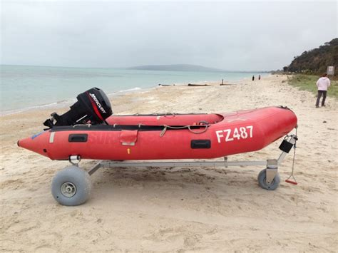 inflatable boat with wheels boat dolly with 42cm wheels by wheeleez 174 beachwheels