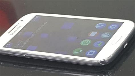 leaked images of the upcoming samsung z2 tizen smart phone iot gadgets