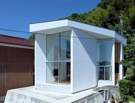 modern design in modest proportions modest modern marvelous the tsuchinoco house by satoru
