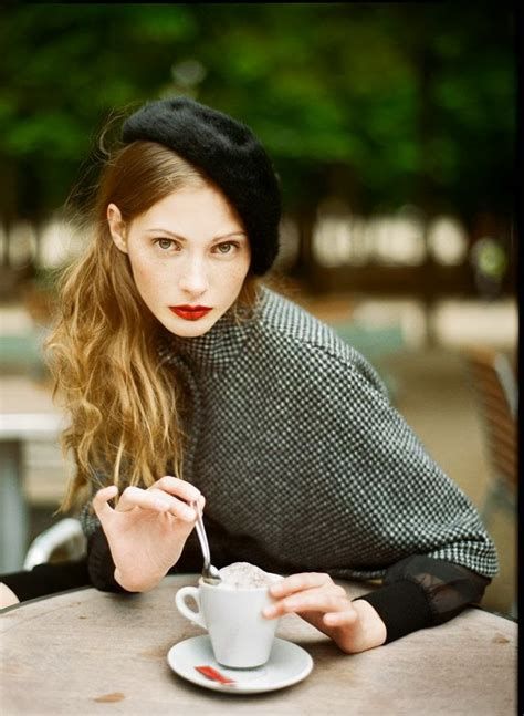 the hair of parisiene women parisian chic street style dress like a french woman