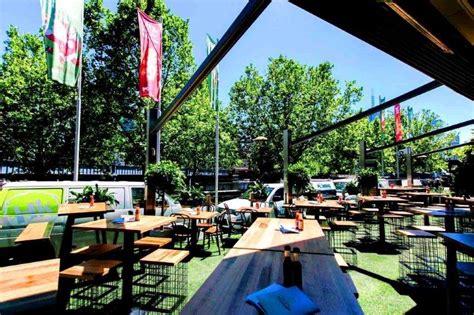 Backyard Wedding Hire Melbourne Secrets To Great Backyard Weddings Hairstyles
