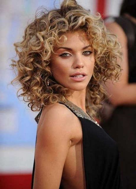Best Hairstyles For Curly Hair 2016 by Hairstyles For Curly Hair 2016