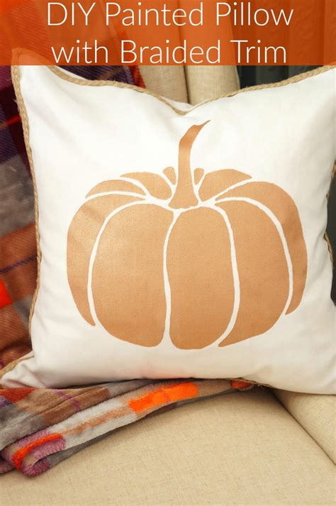 Has With Pillow by Diy Painted Pillow With Braided Trim