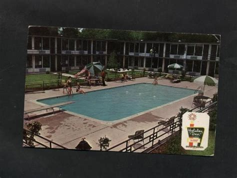 Does Holiday Inn Have Gift Cards - vintage postcard 1970s holiday inn north nashville tn tennessee hotels motels hostels