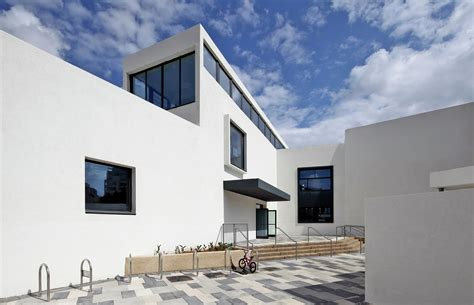 elementary school in tel aviv auerbach halevy architects gallery of elementary school in tel aviv auerbach halevy