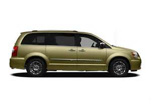 Chrysler Minivan Town And Country 2012 Chrysler Town And Country Price Photos Reviews