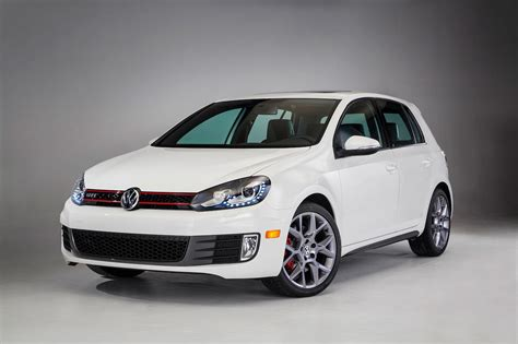 volkswagen golf gti 2014 2014 volkswagen gti reviews and rating motor trend