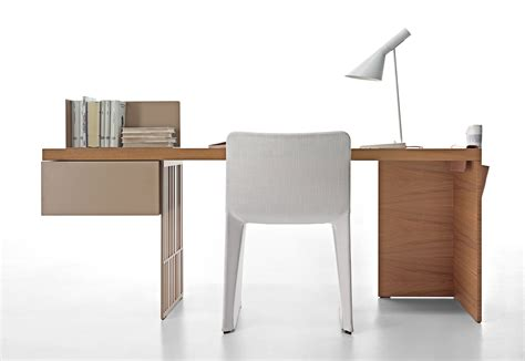 Desk Interior by Large Modern Desk Interior Design Furniture Modern Large
