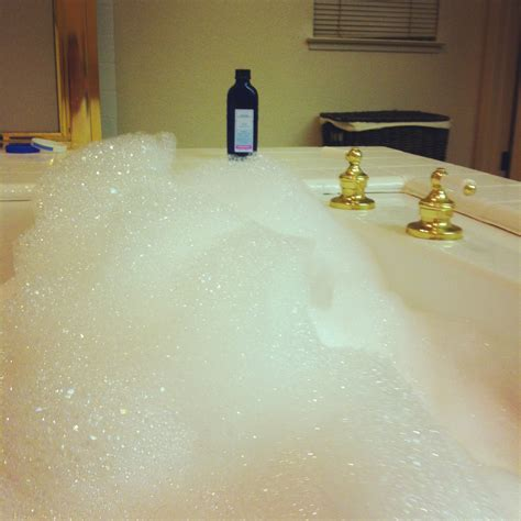 The Jacuzzi Bubble Bath Lesson