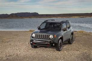 2015 jeep renegade tiniest jeep yet unveiled in geneva