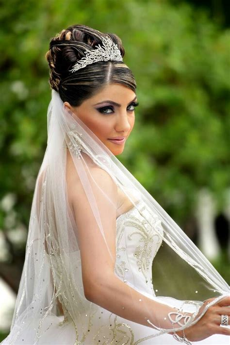 bridal hairstyles with veil and tiara spring wedding hairstyles with veil and tiara 2017 8
