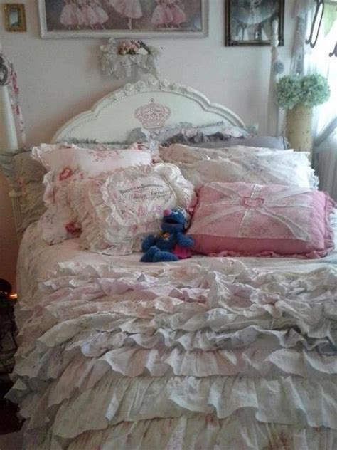 vikingwaterford com page 4 shabby chic teenage girl bedroom with white wooden headboard red 35 best images about teen girl bedroom on pinterest