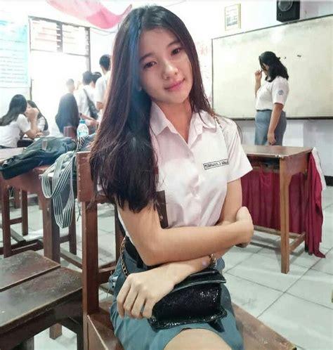 pin oleh iren ahmad  sekolah cewek gadis cantik asia gadis wanita