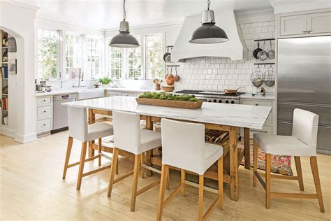 southern living kitchens ideas friday favorites farmhouse kitchens house of hargrove