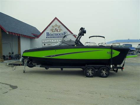 heyday boats bc heyday inboards salmon arm boat sales boathouse marine