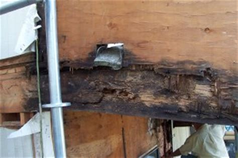 cardinell rear cantilevered deck scupper damage