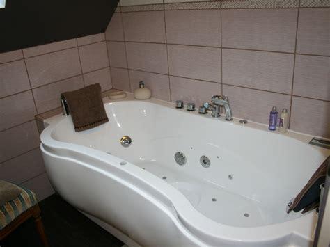chambre avec baignoire chambre d h 244 tes charme sur le canal de nantes 224 brest venise