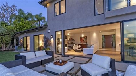 russell westbrook house russell westbrook s new home photo 11 tmz com