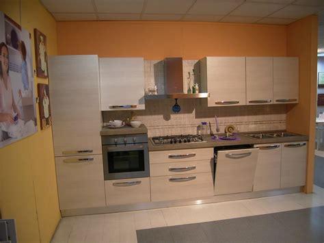 mobilturi cucine cucina scontata mobilturi cucine a prezzi scontati
