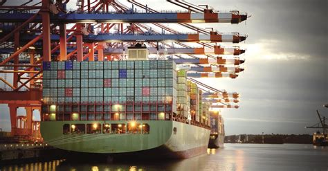 sea freight  parcel delivery moves relocation