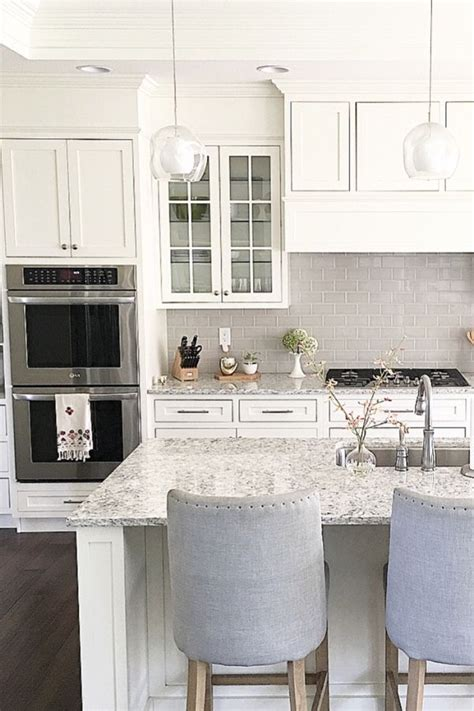 best quartz countertops for white cabinets 30 beautiful white quartz countertops with white cabinets