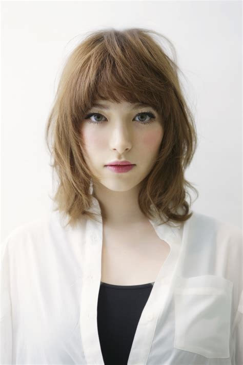 medium length hair with layers 11 pretty mid length layered haircuts for pretty designs