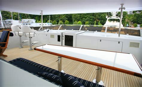 yacht upper deck yacht reflections upper deck 2 luxury yacht browser
