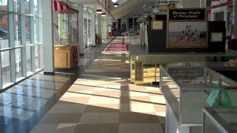 mall cape cod dead mall the cape cod factory outlet mall sagamore ma