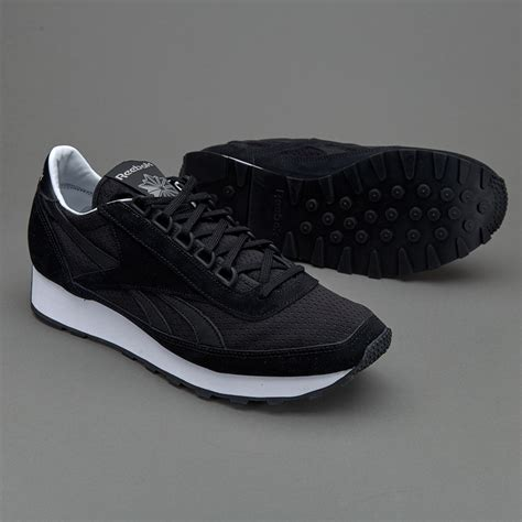 sepatu sneakers reebok aztec txt black