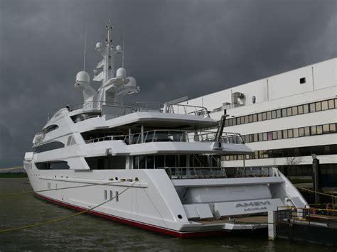 yacht amevi layout amevi yacht oceanco superyacht times