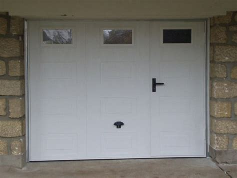 porte de garage basculante isol 233 e avec portillon int 233 gr 233