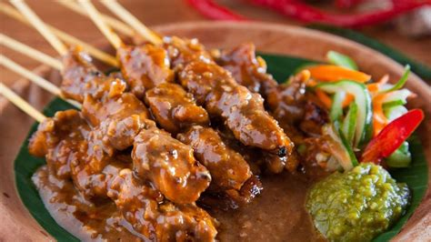 top  indonesian food dishes yummy  delicious food