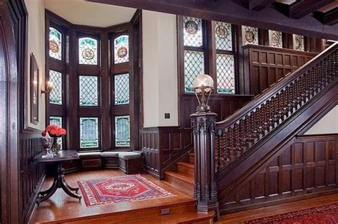Decorating A Tudor Home by Eye For Design Decorating Tudor Style